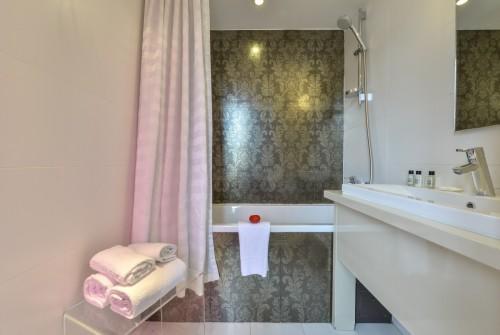 Hotel Le Quartier Bercy-Square Paris - Bathroom